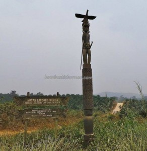 adventure, authentic, Berau, Borneo, indigenous, native, nature, Obyek wisata, sculptures, Suku Dayak, Totem Pole, Tourism, tourist attraction, travel guide, tribe, wisata alam, tribal,