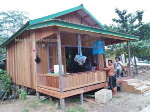 adventure, Borneo, budaya, Ethnic, Indonesia, Kampung Merasa, native, Obyek wisata, Sungai Kelay, Tourism, tourist attraction, traditional, travel guide, tribal, tribe, village,