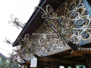 authentic, Borneo culture, budaya, Ethnic, indigenous, indonesia, Kongbeng, east Kutai Timur, Miau Baru, native, sculptures, Suku Dayak Kayan, Tourism, tourist attraction, traditional, tribal, tribe, village,