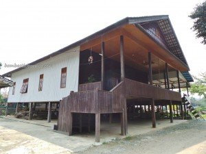 adventure, authentic, budaya, culture, Ethnic, indigenous, indonesia, Kongbeng, Kutai Timur, native, Obyek wisata, Tourism, tourist attraction, traditional, travel guide, tribal, tribe,