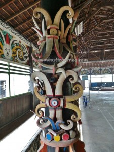 adventure, authentic, budaya, Suku Dayak Kayan, Ethnic, indigenous, Kongbeng, Kutai Timur, Makmur Jaya, Obyek wisata, traditional, travel guide, tribal, tribe, village, Wahau, Balai Adat Luung Baun, customs hall,