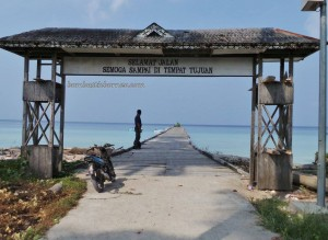 Berau, Derawan Archipelago, dive center, diving spot, east kalimantan timur, green sea turtle, homestay, indonesia, Paradise Island Resort, marine life, nature, pasir putih, Sandy white beaches, Tourism, tourist attraction, travel guide, village