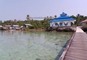 adventure, authentic, indigenous Bajau, Borneo, Derawan Archipelago, dive center, fishing village, homestay, Kampung Teluk Alulu, nature, Obyek wisata, Pulau, island, beaches, Suku Bajo, Tourism, travel guide