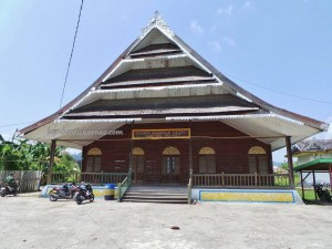 authentic, Pekan Budaya, Borneo, Sultanate, culture, Ethnic, Gunung Putih, indigenous, North Kalimantan Utara, Keraton Kesultanan, Kota Tanjung Selor, gedung, Obyek wisata, Tourism, tourist attraction, traditional, travel guide