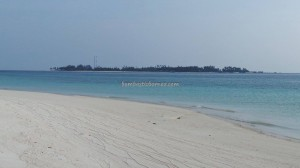 adventure, Berau, Derawan Archipelago, East Kalimantan Timur, Gosong Sanggalau, hidden paradise, Obyek wisata alam, Pulau Pasir, tour, Tourism, tourist attraction, travel guide, vacation, white sandy beaches,