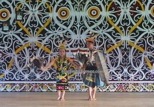 Kenyah, authentic, Borneo, Desa Setulang, indigenous, Kalimantan Utara, longhouse, Malinau Selatan Hilir, cultural dance, Obyek wisata budaya, Irau festival, Tourism, event, travel guide, tribal, tribe, village,
