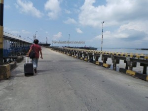 Kelong, Boat ride, Border crossing, Indonesia, Ferry terminal, Imigrasi, Immigration checkpoint, information, Obyek wisata, port, Sabah, Tawau, Tourism, crossborder, Transportation, travel guide, International,
