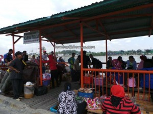 Bagan, Boat ride, Border crossing, Borneo, Ferry terminal, Imigrasi, Immigration checkpoint, information, outdoors, port, Sabah, Tawau, Tourism, transborder, Transportation, travel guide, Malaysia,