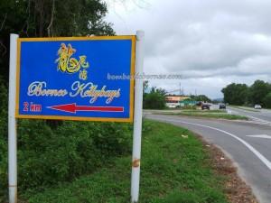 Bamboo rafting, Batik painting, beach, crab catching, family vacation, fishing, getaway, hidden paradise, holiday, Kampung Laya-Laya, Tuaran, Sabah, malaysia, outdoors, surfing, Tourism, tourist attraction, travel guide,