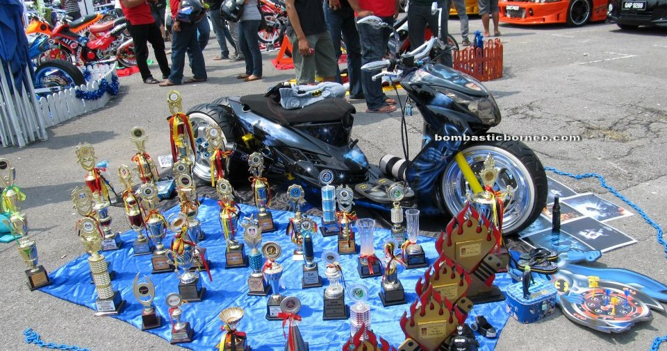 auto show, scooters, sports, motorbike, motorcycle, automobile, automotive technology, customized vehicles, event, autofest, Borneo, Matang Jaya, 沙捞越, 马来西亚, 摩托车, 古晋