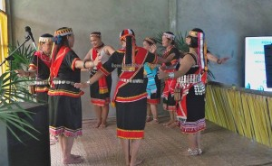 authentic, Indigenous, traditional, Dayak Bidayuh, Borneo Heights, Kuching, Padawan, ethnic, tribal, tribe, event, Paddy Harvest Festival, village, special tours, thanksgiving, travel guide, 沙捞越,