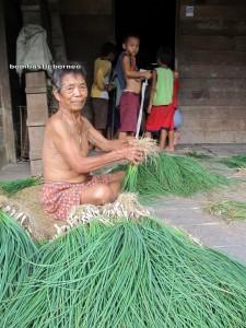 outdoor, authentic, Dayak Bidayuh, transborder, Dusun Gun Tembawang, Entikong, Ethnic, kampung sapit, Sarawak, nature, orang asal, Suruh Tembawang, traditional, trekking, hiking, tribal, village,