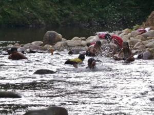 authentic, Indigenous, backpackers, Dayak Bidayuh, Borneo, Bau, Kuching, Malaysia, homestay, destination, native, kampung, outdoors, tours, Tourism, travel guide, 沙捞越,