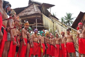 authentic village, nyobeng event, ritual ceremony, culture, budaya, native, tribal, tribe, Bengkayang, West Kalimantan, Rumah Adat Baluk, skull feeding, obyek wisata, tourist attraction, traditional, backpackers, transborder,