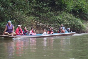 authentic, indigenous, backpackers, culture, Desa Bengkawan, Bengkayang, Borneo, Kalimantan Barat, Nyobak'ng Tadan, gawai adat, obyek wisata, Tourism, crossborder. transborder, travel guide, native, Waterfall,