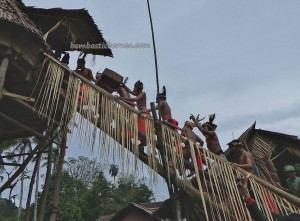 authentic, Ceremony, culture, tribe, village, Kampung Tadan, Bengkayang, Borneo, Nyobak'ng, ritual, Rumah Adat Baluk, skull house, tengkorak, Tourism, travel guide, transborder, backpackers,