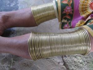 authentic, Indigenous, backpackers, copper ring lady, Ethnic, Kampung Tringgus, Kuching, malaysia, Bau, Tourism, travel guide, tribal, village, native, orang asal, 沙捞越,