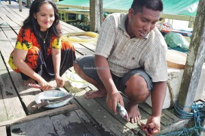 outdoor, Danau Labuan Cermin, backpackers, destination, Berau, Biduk-Biduk, Borneo, East Kalimantan, Tourism, tourist attraction, travel guide, Useful information, homestay, beach, pantai,