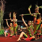 Lomba Tarian Pendalaman, indigenous, Borneo, Palangkaraya, culture, carnival, pesta adat, native, Suku Dayak, obyek wisata, tourism, traditional, travel guide, tribal, tribe, 婆罗洲文化舞蹈,