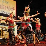 Lomba Tarian Pendalaman, indigenous, Central Kalimantan, event, carnival, native, ethnic, obyek wisata, tourism, travel guide, tribal, tribe, 婆罗洲, 土著文化舞蹈, Indonesia, Palangkaraya,