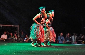 Isen Mulang, Indigenous, cultural dance, talent show, Borneo, 中加里曼丹, Kalteng, native, Ethnic, Suku Dayak, Pariwisata, Tourism, traditional, travel guide, tribal, tribe,