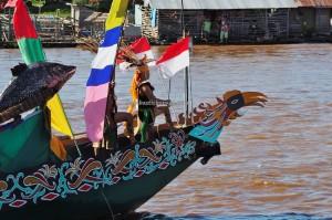 River Parade, Lomba Jukung, Festival budaya, indigenous, backpackers, 中加里曼丹, Kalteng, cultural dance, travel, Suku Dayak, Sungai Kahayan, Obyek wisata, tourism, tribal, tribe, native,