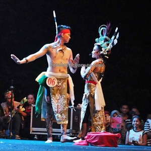 Isen Mulang, authentic, cultural dance, Festival Budaya, talent show, Borneo, 中加里曼丹, Kalteng, native, Ethnic, Obyek wisata, tourist attraction, traditional, tribal, tribe, backpackers,