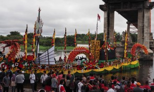 Lomba Besei Kambe, Festival Budaya, Isen Mulang, authentic, backpackers, 中加里曼丹, Kalteng, culture, Kahayan bridge, sungai Kahayan, dayak, obyek wisata, tourism, travel guide, tribe, sports