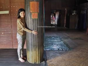indigenous, backpackers, Borneo, 中加里曼丹, Indonesia, Desa Tumbang Malahoi, Gunung Mas, Rungan, Rumah Betang Toyoi, dayak ngaju, native, longhouse, Tourism, tribal, village, traditional,