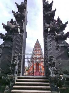 Religion, Agama, Hindu Kaharingan, authentic, backpackers, Borneo, 中加里曼丹, Kota Palangkaraya, culture, native, Obyek wisata, Pariwisata, Tourism, tourist attraction, traditional, travel guide,