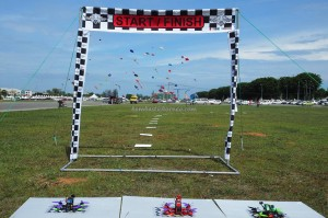 Borneo, International Kite Festival, Layang-Layang antarabangsa, backpackers, championship, Remote Control Stealth Plane, sport kite, Old Bintulu Airport, outdoor, tourist attraction, travel guide, 婆罗洲国际风筝节, 民都鲁沙捞越