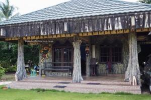 authentic, backpackers, Central Kalimantan, Kalteng, 中加里曼丹, Kota Palangka Raya, native, Suku Dayak, Obyek wisata, Pariwisata, Tourism, tourist attraction, tradisional, travel guide, village, Borneo,