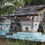 traditional, tomb, ancestral bone house, Hindu Kaharingan, religion, authentic, Borneo, 中加里曼丹, Indonesia, Gunung Mas, Rungan, budaya, Dayak Ngaju, Obyek wisata, travel guide, tourism