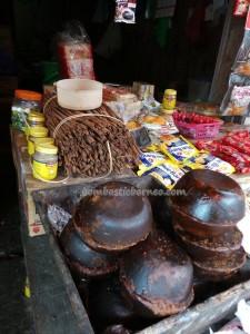 local food, culture, dayak, native, Ethnic Banjarese, Borneo, Kalimantan Selatan, Kalsel, pasar lama, obyek wisata, Tourism, tourist attraction, tradisional, travel guide, village