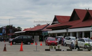 culture, dayak, native, Ethnic Banjarese, Borneo, Indonesia, Kalsel, Kota Seribu Sungai, river city, Sungai Martapura, obyek wisata, Tourism, tourist attraction, traditional,