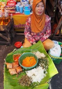 local food, culture, dayak, native, Ethnic Banjarese, Indonesia, Kota Seribu Sungai, river city, pasar lama, obyek wisata, Tourism, tourist attraction, tradisional, village, 馬辰