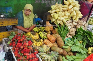 local vegetable, fruits, food, native, Ethnic Banjarese, Borneo, native, dayak, pasar lama, obyek wisata, tourist attraction, tradisional, village, Indonesia, tourism,