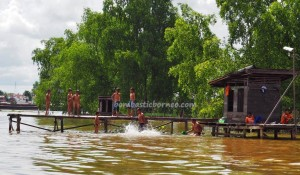 outdoors, authentic, native, Boat ride, floating house, Borneo, Kaget island, River city, Sungai Martapura, Barito Kuala, Obyek wisata, Tourism, traditional, travel guide, adventure