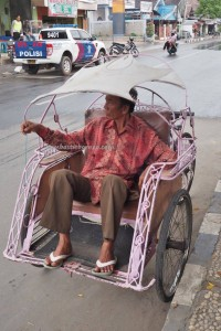 Sumur Manggurak, air panas, Antique American Jeep, chinese temple, South Kalimantan, Kalsel, Pulau, objek wisata, tourist attraction, travel guide, 南加里曼丹, 婆罗州