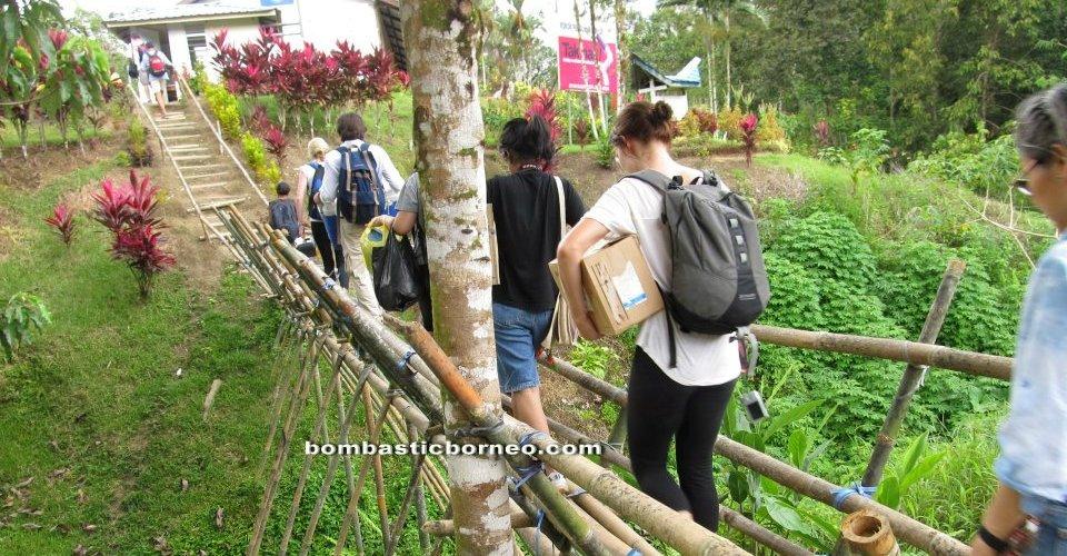 authentic, charity, volunteers, rural, seva, Non Government Organization, native, dayak bidayuh, Kampung Assum, village, Padawan, Kuching, 沙捞越, Malaysia, Waterfall,