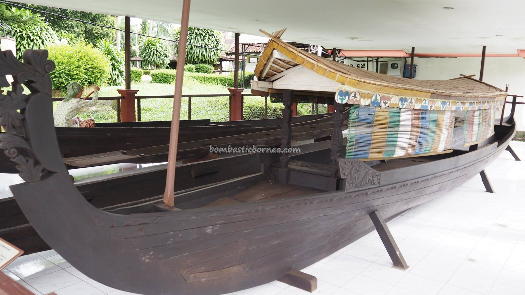 Lambung Mangkurat Muzium, ancient, antique, history, cultural, Ethnic Banjarese, Suku Banjar, native, Kota Banjarbaru, Obyek wisata, Tourism, tourist attraction, traditional, backpackers, 南加里曼丹博物馆