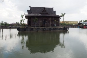 PKJ Cafetaria, theme park, nature, outdoor, destination, Borneo, Indonesia, Samarinda, Anggana, Kutai Kartanegara, family vacation, Kolam Pemancingan, Tourism, tourist attraction, travel guide,