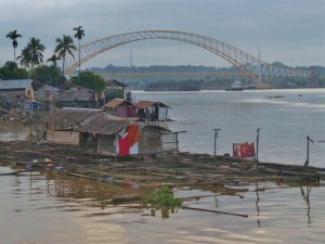 Kumala island, promenade, waterfront, jembatan, backpackers, destination, Kalimantan Timur, Obyek wisata, Tourism, tourist attraction, 东加里曼丹, 婆罗州, 旅游景点