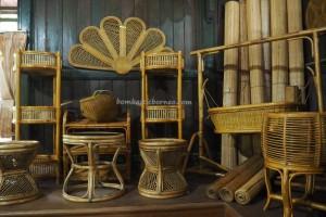 Wood Museum Tuah Himba, backpackers, destination, koleksi, dayak, Borneo, Indonesia, Kutai Kartanegara, Panji Sukarame, tourist attraction, Tourism, travel guide, rattan furniture, 东加里曼丹, 博物馆,
