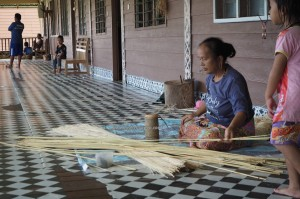 longhouse, village, rotan, handicrafts, destination, Tegulang resettlement, Belaga, Bintulu, Malaysia, Dayak, native, tribe, indigenous, Tourism, 沙捞越长屋