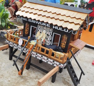Rumah Radakng, Indigenous, culture, event, native, etnis, tribe, Borneo, Indonesia, West Kalimantan, Kampung Budaya, Landak, Tourist attraction, travel guide, traditional,