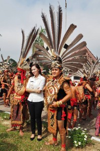 thanksgiving, Gawai Harverst Festival, backpackers, culture, ceremony, Dayak Kanayatn, native, tribal, Borneo, West Kalimantan, Landak, Tourist attraction, traditional, travel guide, 原著民丰收节日