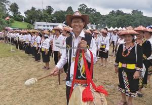 Irau Aco Lun Bawang, authentic, ceremony, thanksgiving, Borneo, Lawas, Limbang, Malaysia, native, tribal, orang ulu, travel guide, crossborder, backpackers, 砂拉越婆罗洲, 原著民丰收节日
