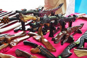 swords, handicrafts, Kraftangan, Gawai harvest festival, Irau Aco Lun Bawang, event, authentic, Lawas, Malaysia, native, tribal, tribe, Tourism, backpackers, traditional, 砂拉越原著民