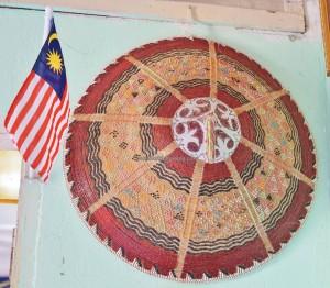 Tang Itong village, kulit kayu topi, tree bark crafts, authentic, culture, dayak, Orang Ulu, tribe, Borneo, Lawas, Limbang, Tourism, traditional, travel guide, 砂拉越, 原著民树皮工艺品
